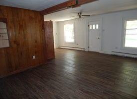 3 BR / 1 BA Home For Sale In Keosauqua, IA