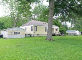 3BR/1BA home for sale in Agency, IA